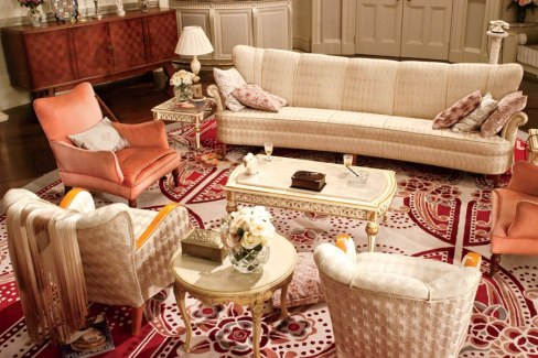 daisy-buchanan-sitting-room