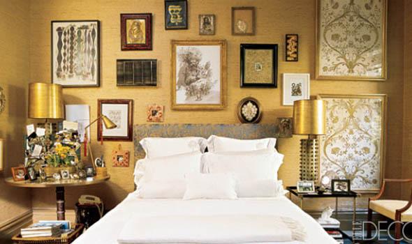 gold wallpaper decor