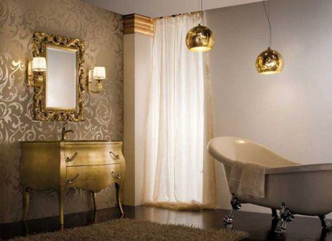 Gilver Wallpaper in Bathroom Interior Decor