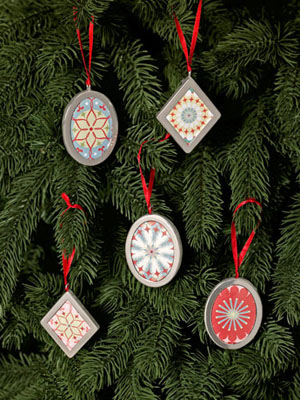 DIY Christmas Decorations - Wallpaper Ornaments