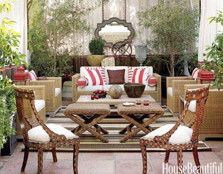 Outdoor Decor Red Stripe White