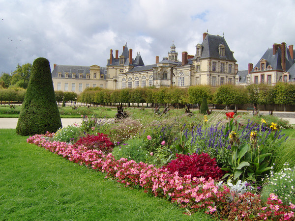 Chateau de Fontainebleau Garden in France