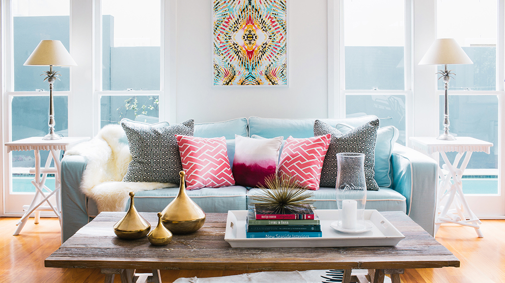 Bright Pillows For Summer Interior Decor