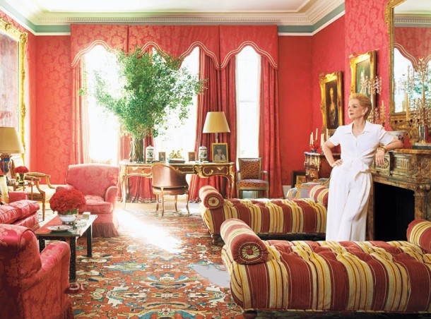 carolina herrera - Living Room -- Traditional Celeb Homes