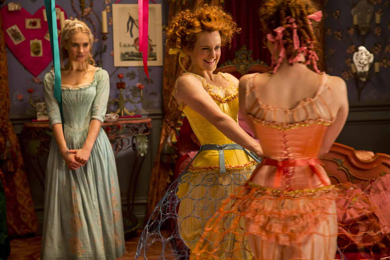 Behind The Set The Decor Of Disney S Cinderella Decoratorsbest Blog