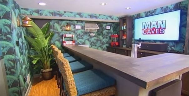 DIY Network Man Caves - Cole and Son Jungle Plam Wallpaper