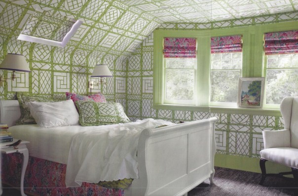 Green bedroom with Quadrille wallpaper from Elle Decor