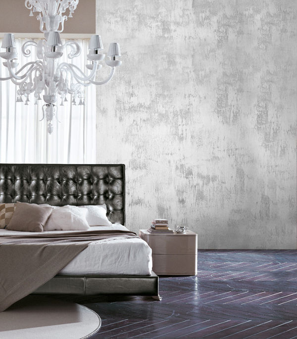 Distressed metallic wall