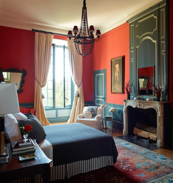 Red bold bedroom by Timothy Corrgan - Photo by Eric Piasecki